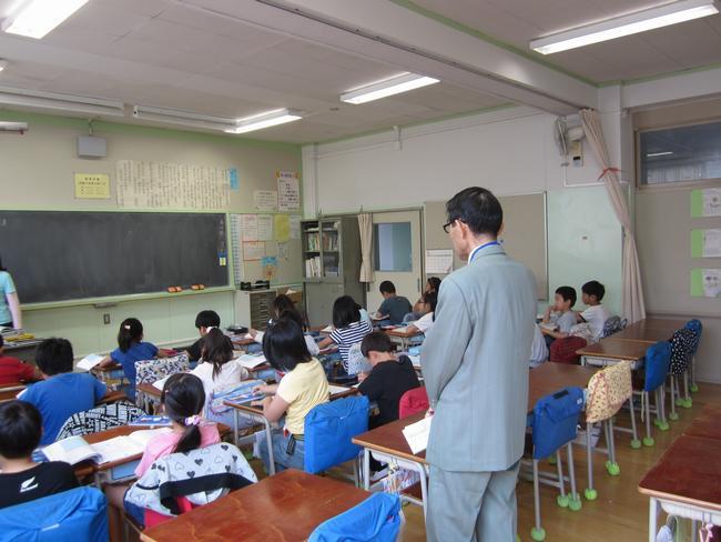 桃花小学校訪問と校長との意見交...